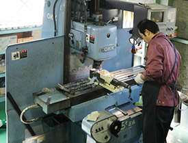 General purpose milling machine